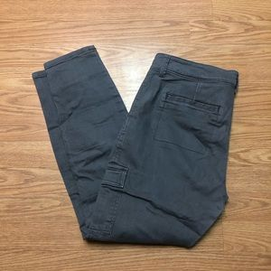 Gap women's size 6 Regular Gray Cargo Khaki Pants